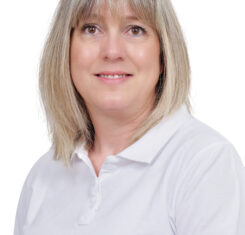 Agnès secrétaire Dr Rouach